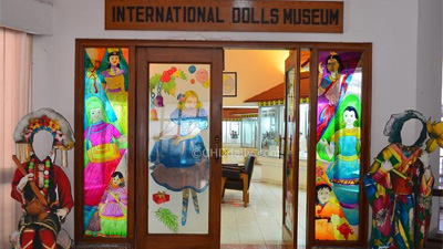 Doll-Museum-H-out_