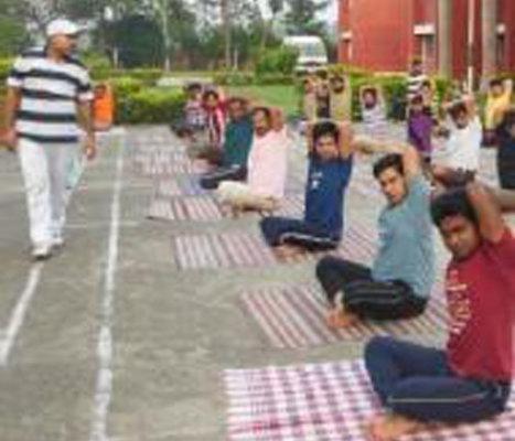 Balvinder-Acharya-Yoga-Classes