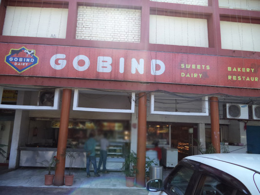 Gobind_Dairy_&_Sweets