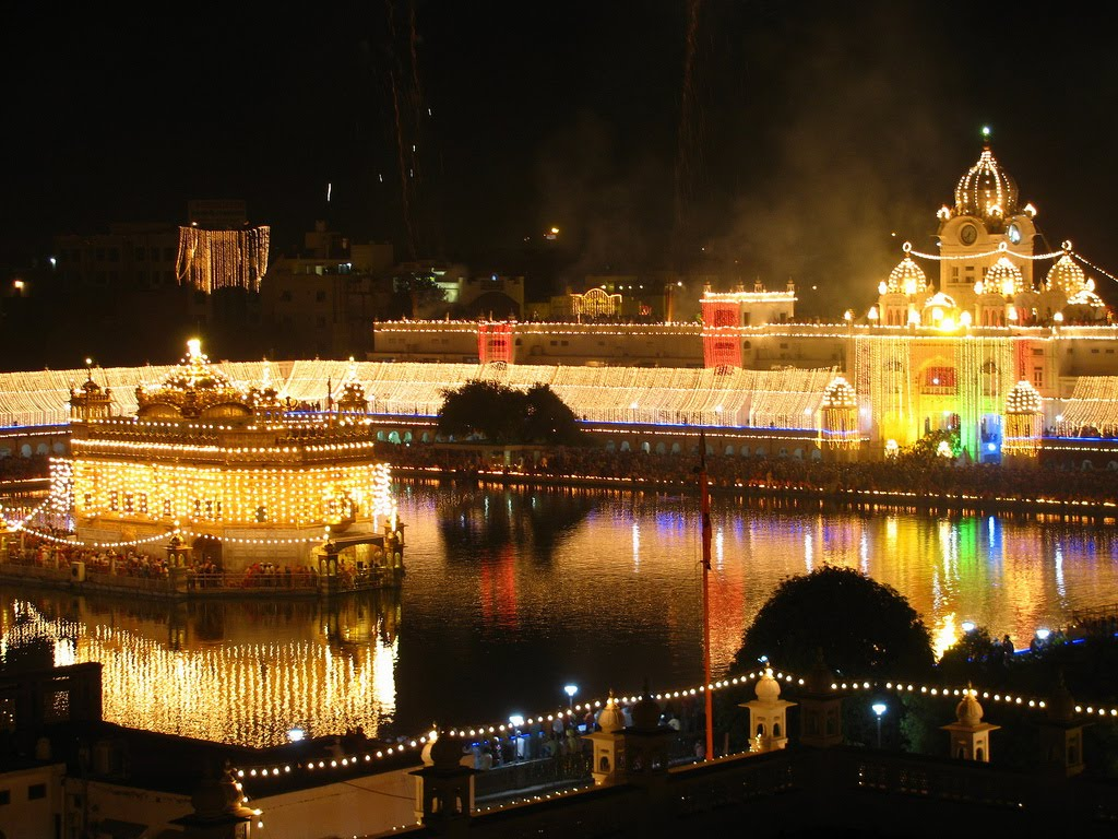 Incredible places to Celebrate Diwali in India
