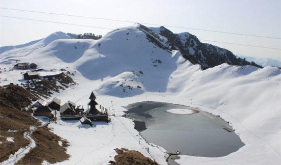 ParasharLake-with-snow